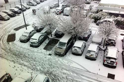 free images  Snow, auto, car, truck, autos, cars, snowy winter,