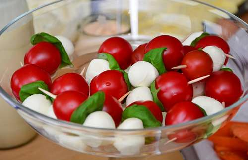 free images  Cherry tomatoes and mozzarella salad