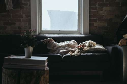 free images  Woman lying on the couch
