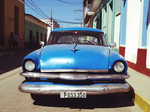 free images  Blue Cadillac