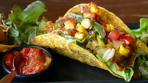 free images  Mexican Taco with Tomato Sauce