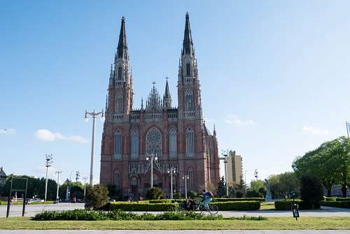 free images  The Cathedral in the city of La Plata, Argentina