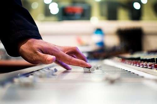 free images  DJ