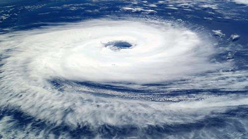 free images  Hurricane eye