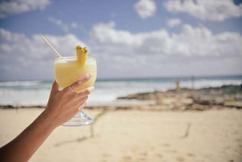free images  Cocktail at beach