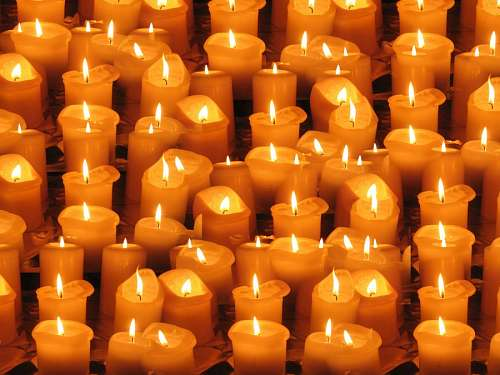 free images  Light candles