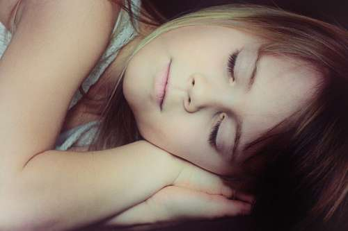 free images  Girl Sleeping