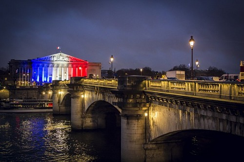 free images  Bridge in Paris, France
