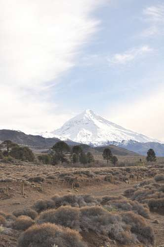 free images  Patagonia, Neuquen, volcano, lanin snow landscape,