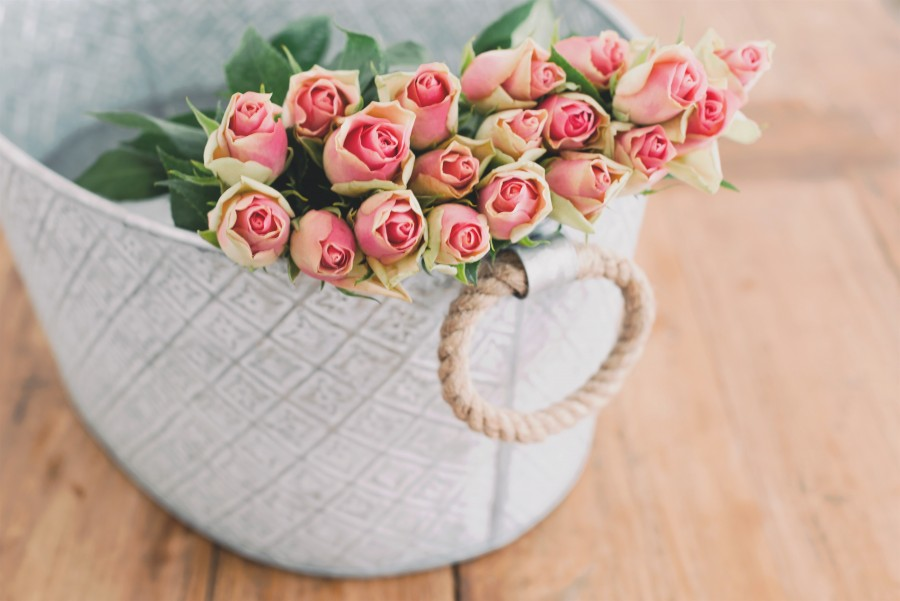 Roses, bouquet, decoration, interior, pink, flowers, spring, hd wallpaper, 4k wallpaper