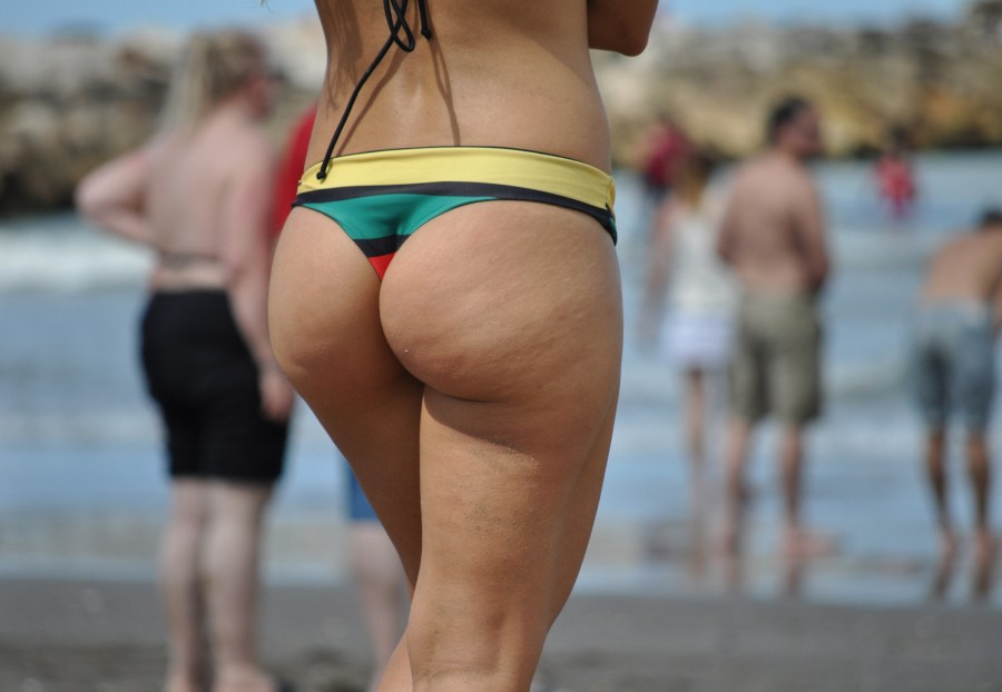 beach day, Beach, one person, people, woman, young, 20 years, tail, rear, foreground, buttocks, summer, summertime, beauty,