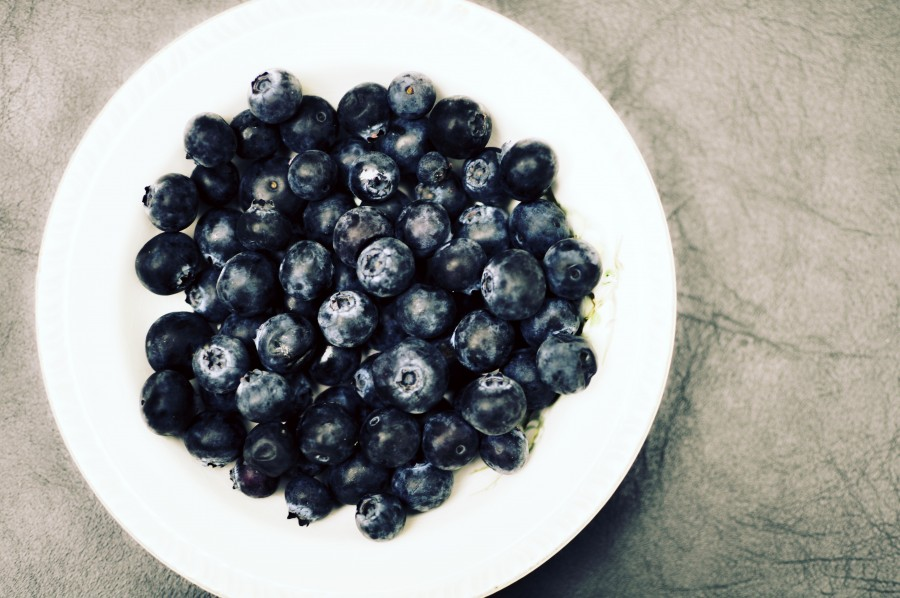 Cranberries, fruits, sweet, healthy, healthy, natural, blueberry, wild, berries, medicinal, ericaceous, edible, round dish