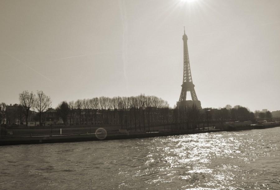 Torre Eiffel, Paris, France, Sena River, Black and White, B&W, travel