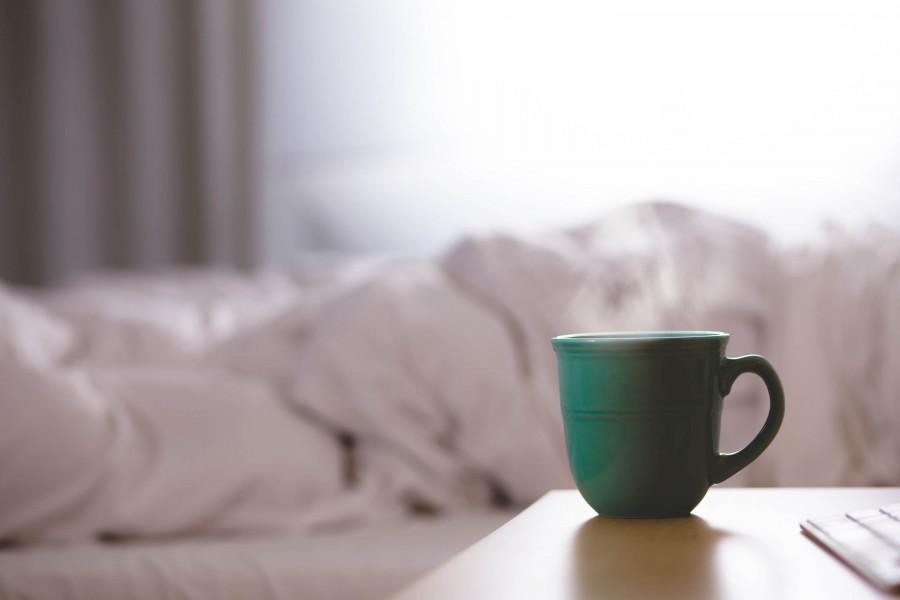 bed, room, interior, savannah, savannahs, tea, coffee, drink, hot, infusion, cup, green, ceramics, room, morning ,awakening, breakfast,