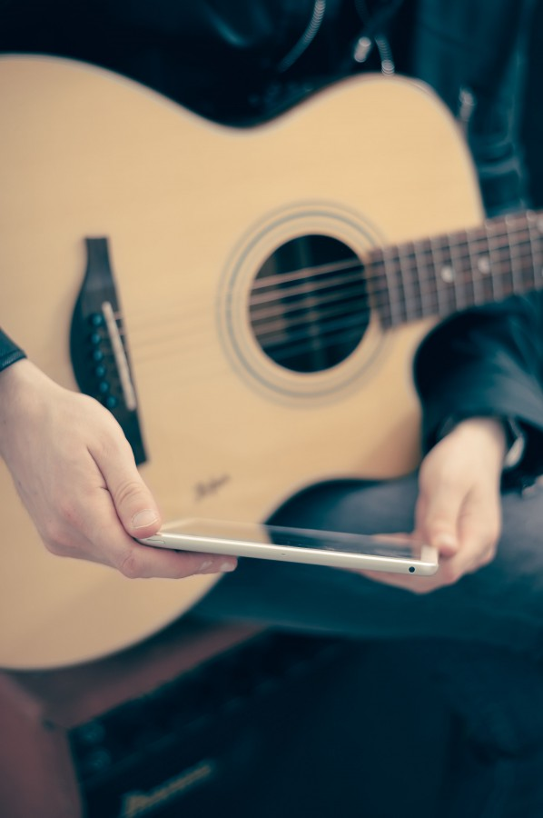 guitar, music, one person, people, man, musician, ipad, technology, foreground, Creole, acoustic,