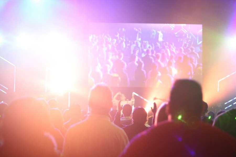 concert, recital, event, light, lights, illuminated, crowd, people, reflection, interior, music, musical,