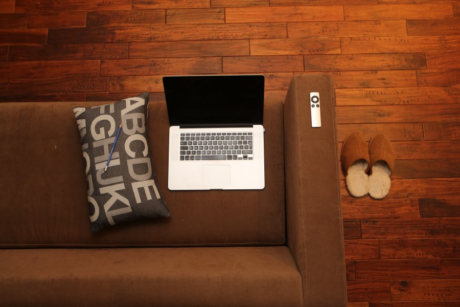 home office, laptop, home, sofa, couch, computer, laptop, technology, relaxed, mobile, communication, network, room, macbook, apple, remote, pillow, pencil, slippers, hardwood floors, condo, loft , Apartment, free photos, free pictures