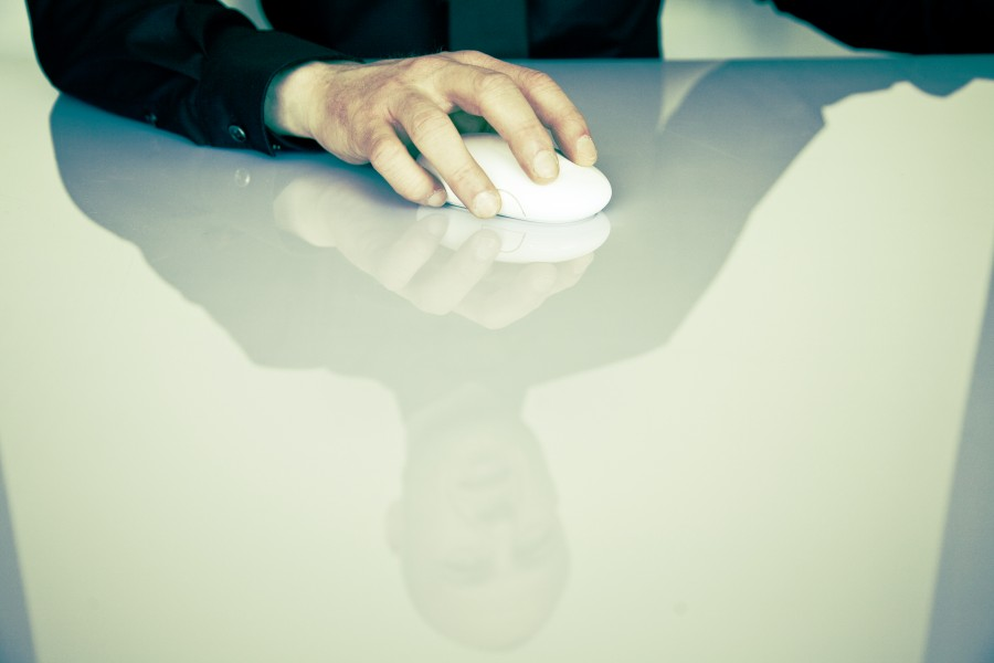 man, one person, people, business, mouse, technology, reflection, desk, concept,