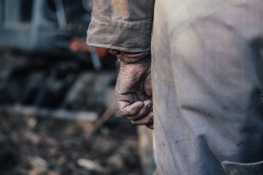 hand, man, adult, work, worker, workwear, overalls, labor, dirty, dirty hands, concept,