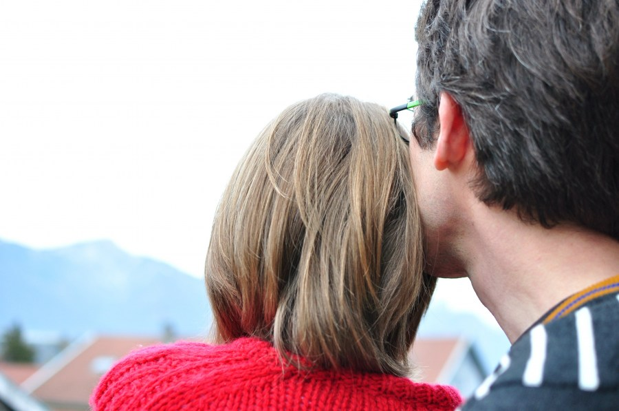 two people, couple, man, woman, seen from behind, 40, horizon, hug, hugging, red, mountain, summer, vacation, day, love,