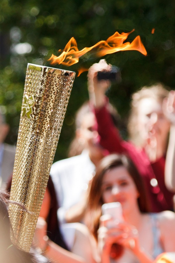 torch, olympics, torch, fire, olympics, sport, symbol, concept, Olympic Torch, golden, people,