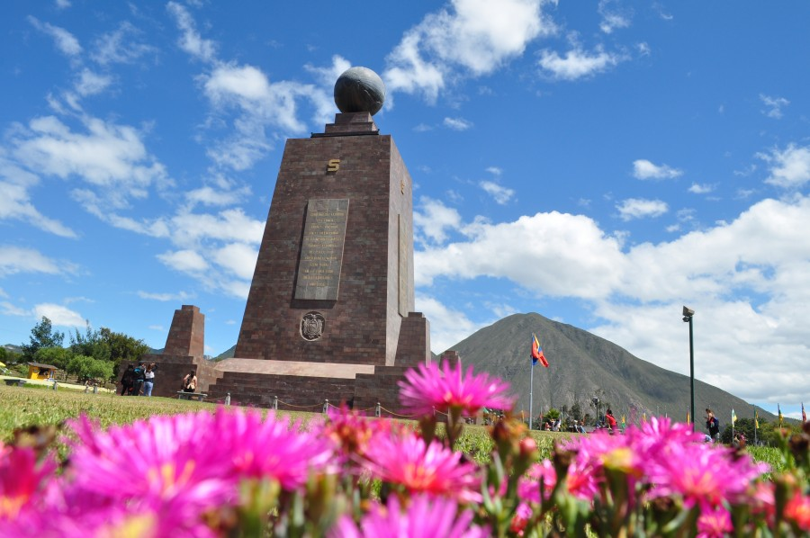 Quito, Ecuador , america , latin , latina , monument, half the world, half , orientation , unasur ,