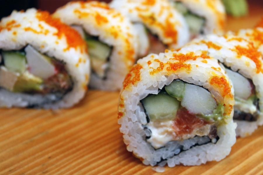 comida, sushi, plato, gourmet, pescado, alimento, japones, japon, oriental, nori, popular, almuerzo, cena, comida marina, arroz, sashimi, americano, asia, maki, salmon, variedad, cavear