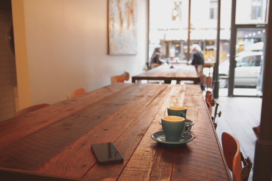 bar, coffee, cafe, table, interior, two cup, drink, hot, table, wood, iphone, phone, cell, store,