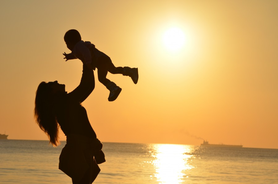 sunset, sunny, day, beach, sea, sand, mother, son, baby, child, woman, mom, mommy, mother love, mother and child, childhood, upbringing, sincere love, love, silhouettes, two, mother, Daughter, baby, girl, childhood, family, love, raise, raising, sunrise, sun, free love images, hd images, free images