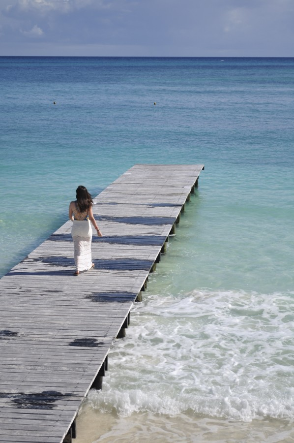 woman, young, long skirt, sea, beach, vacation, paradise, heavenly destination, landscape, spring, walking, female, water, sky, view, relax, travel, mexico, cancun, riveira maya