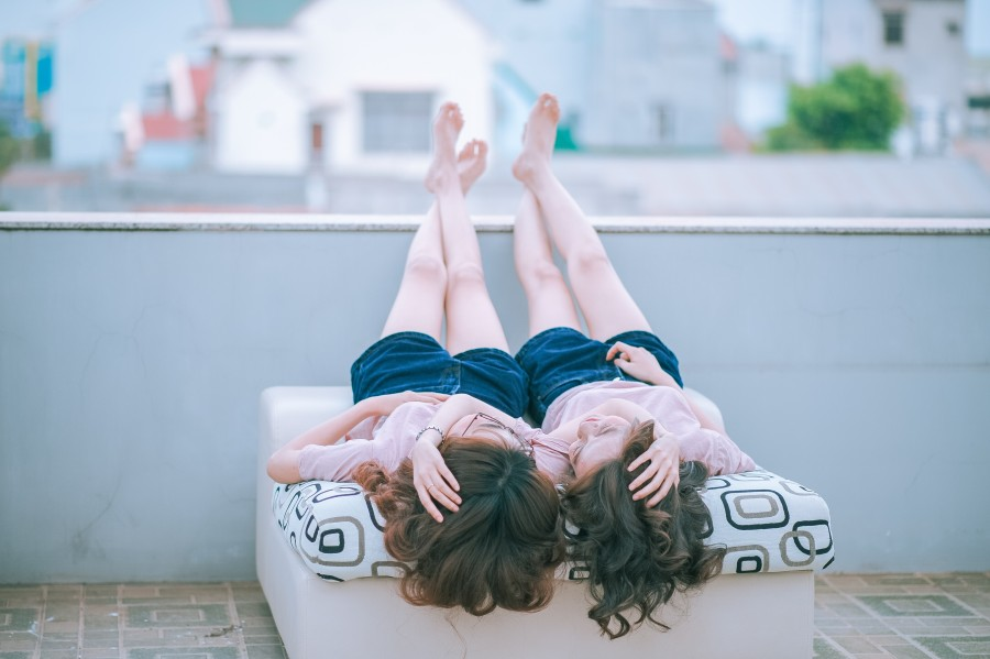 women, young, two women, hug, tenderness, sweet, sweet, in love, couple, girlfriends, girlfriend, lesbian, lesbianism, sexuality, gender equality, gay pride, homesexualidad, love, together, taken from the face, knowing look, looking Terrace, feet