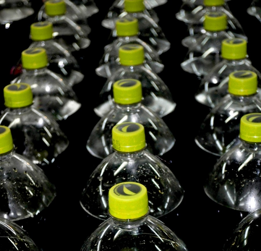 bottle, bottles, prudccion, industry, beverage, beverages, business, black and white, cola, soda,