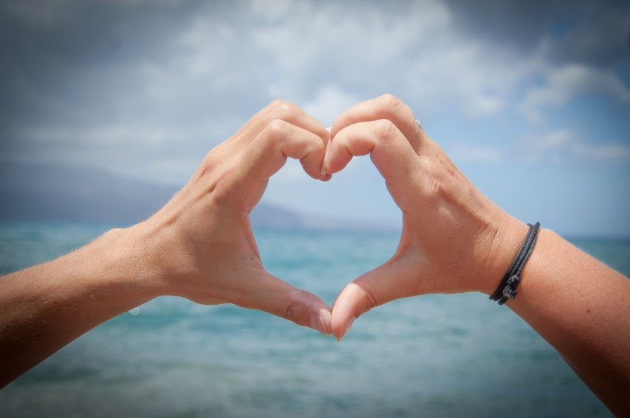 valentines, love, heart, hand, travel, beach, sea, shape, concept,