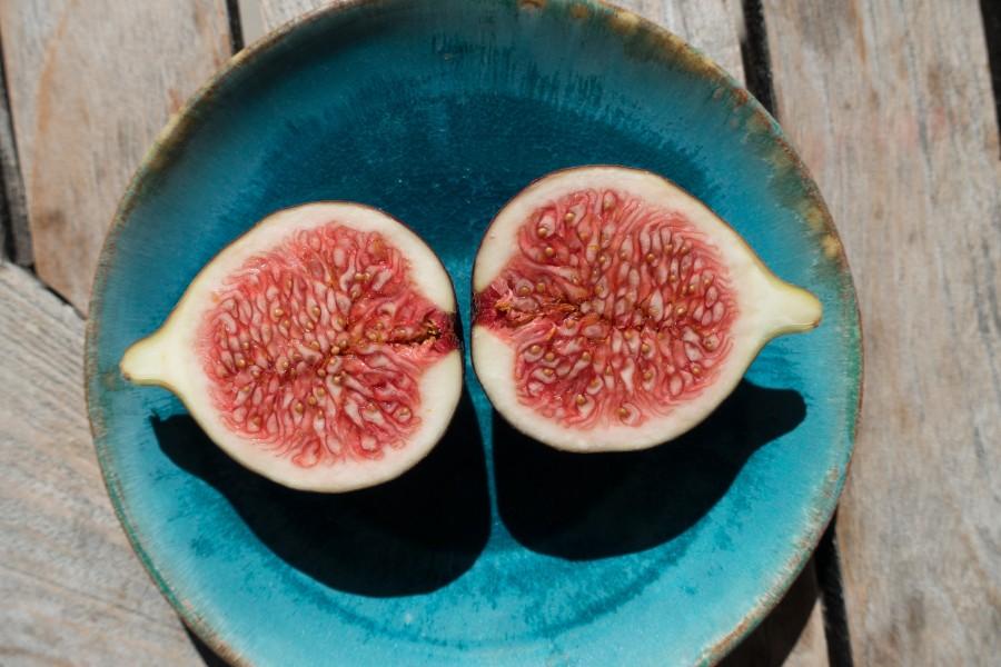 quince, fruit, half, fruity, fresh, dish, sweet,