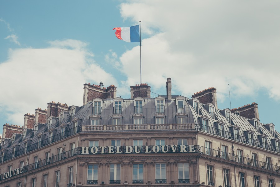 building, hotel, classic, architecture, traditional, france, paris, louvre, urban, house, city, travel, building, structure, tourism, exterior, facade, flag, banner, facade