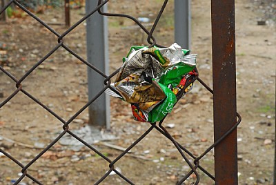 free images  fence, fencing, wire fencing, metal, trash, pollut