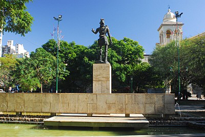 free images  prod04, square, monument, Cordoba, Argentina, fron