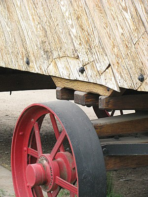 free images  carriage, wagon, wheel, metal, iron, red, color, f
