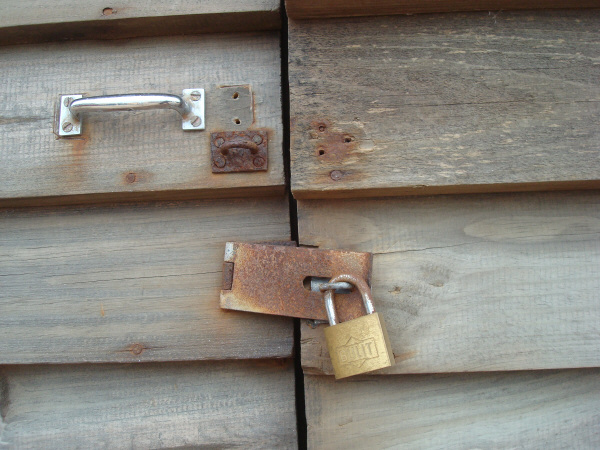 wall, walls, close-up, front view, background, background, wood, table, tables, door, doors, lock, locked, security, nobody, prod05