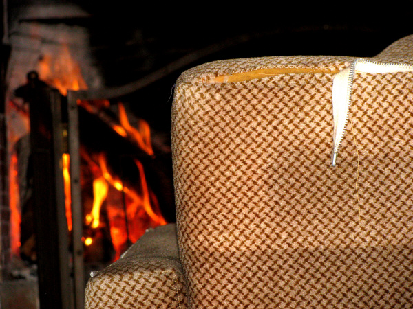 house, home, interior, fire, heat, living, fire, firewood, wood, firewood, logs, carlor, heating, warmth, warm, no, zofa, chair, comfort, comfortable, broken, wear, spoiled, stove, home firewood, foreground, prod05